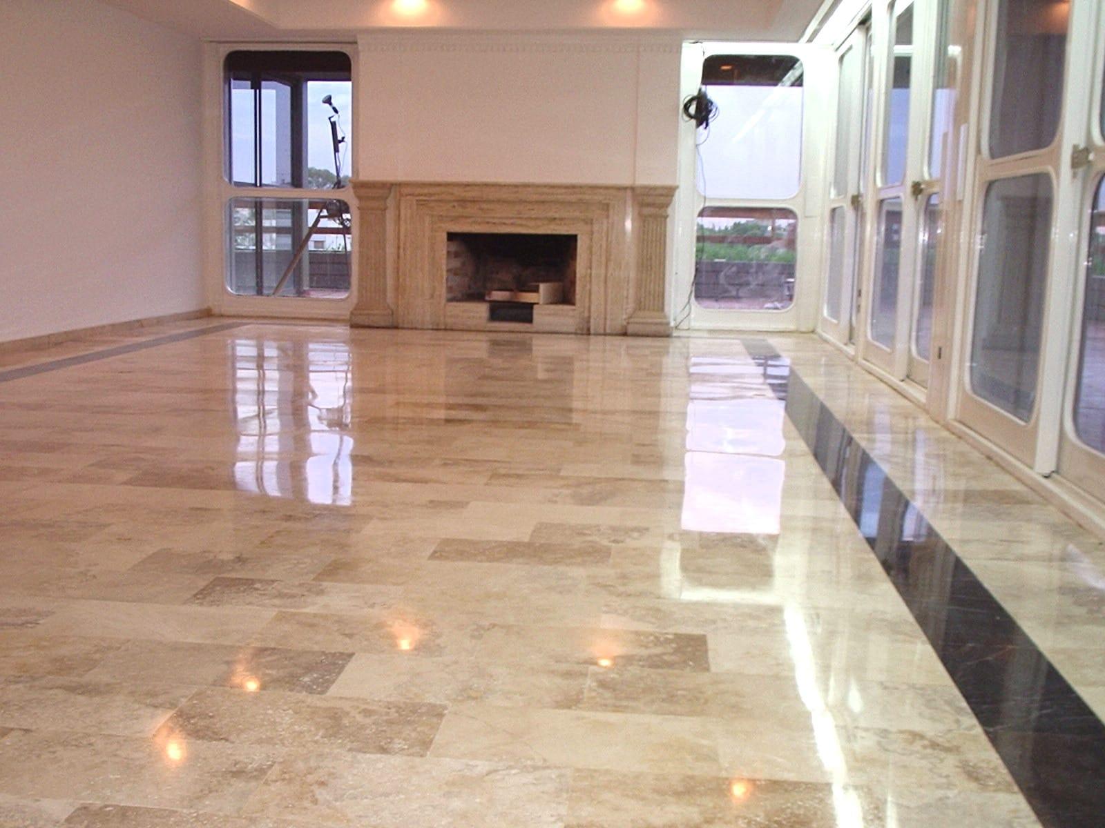 Lucidatura pavimenti in marmo a Monza